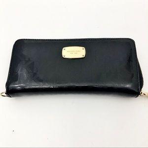 Michael Kors Black zip wallet